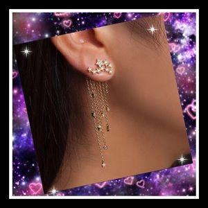 Super cute dangle star earrings